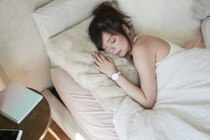 AVA Armband schlafen